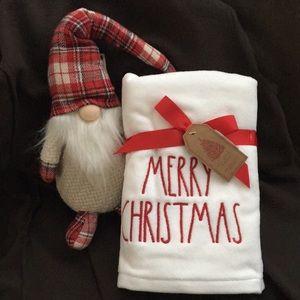 New Rae Dunn Hand Towel Set Merry Christmas